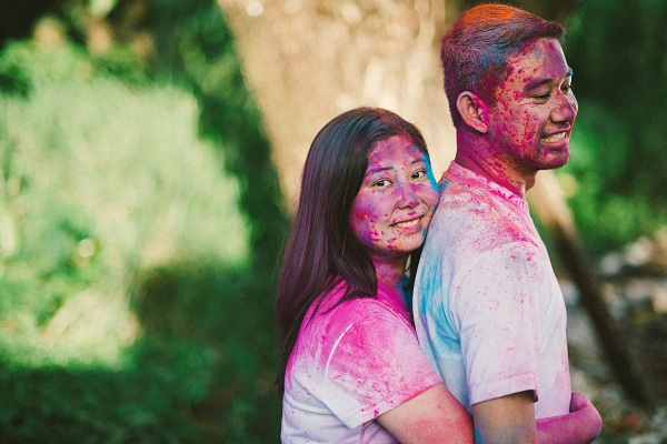 Colorful Holi Powder Sprinkled Engagement Shoot